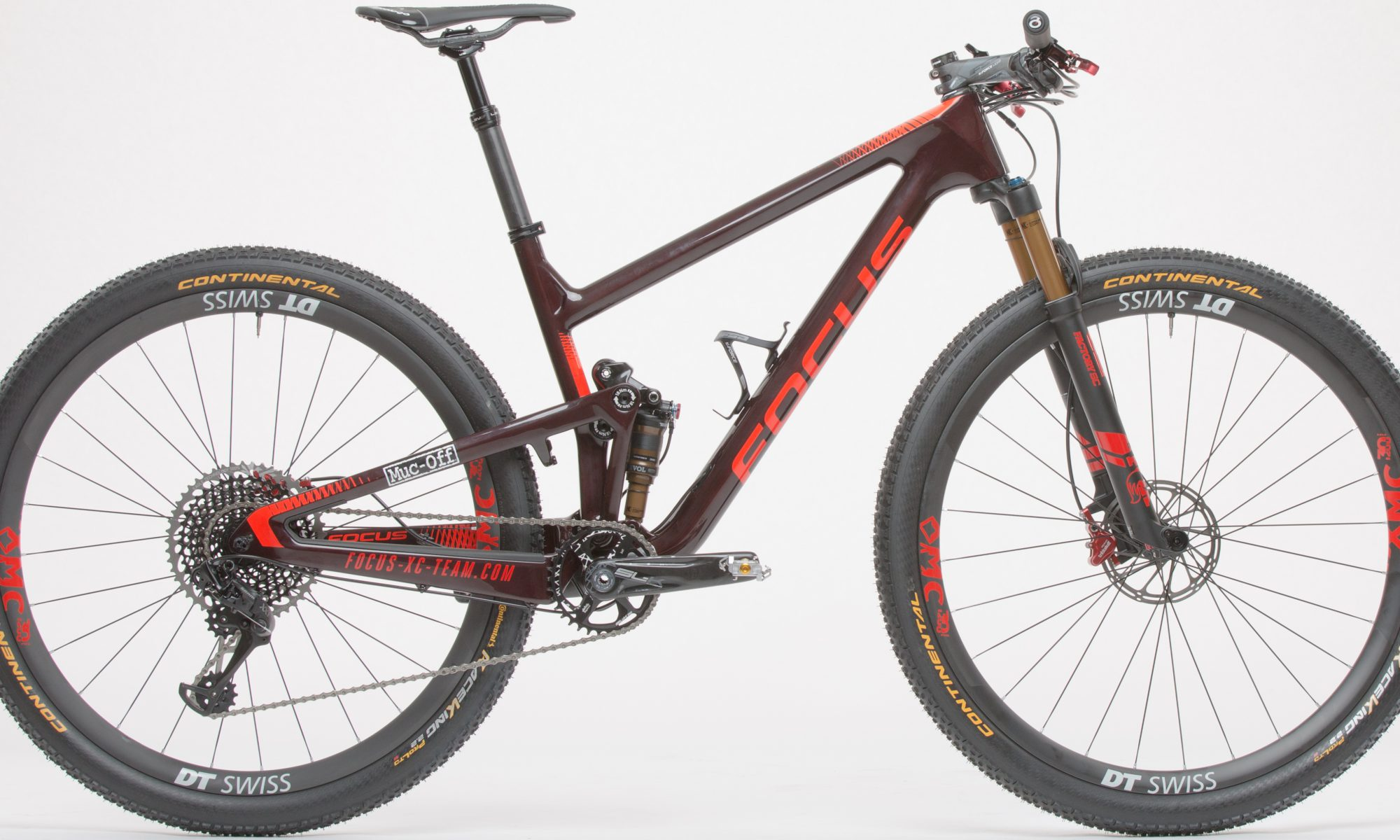 336635585ef FOCUS HAS PRESENTED THE NEW FOCUS XC TEAM REPLICA BIKE EQUIPPED WITH FSA  COMPONENTS