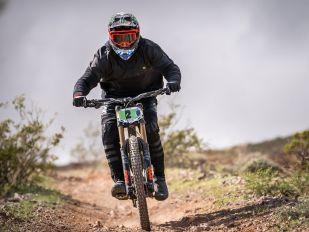 Bike Check: Steve Walton's 29er Downhill Bike