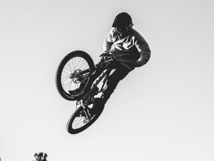 自行车与骑士的故事:ALEX VOLOKHOV
