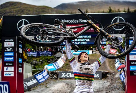 Rachel Atherton Fort William World Cup triumph
