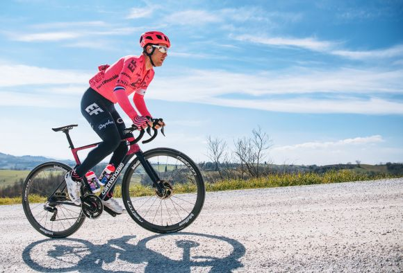 EF Education-Nippo with Metron tubeless-ready wheels.