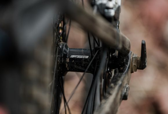e-MTB wheels hub (Credits @Sean Leicht)