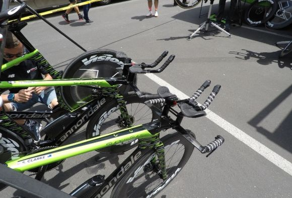 EF-Drapac rigs waiting for the start of the TT