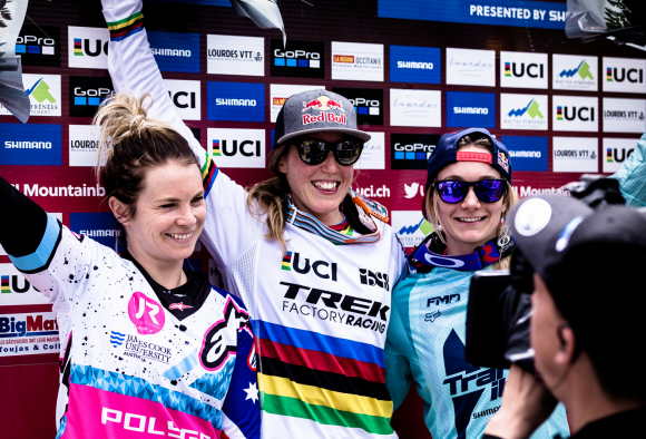 Tahnée Seagrave [far right] 3rd on the podium (Photo credit: Dan Griffiths / MoonHead Media)