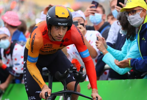 Mikel Landa in action with TFE Pro extensions.
