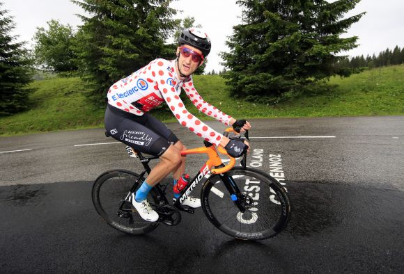Wout Poels in action with super light Metron 45 SL Disc